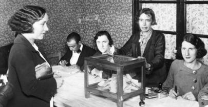 80 aniversario para el sufragio femenino: el 19 de noviembre de 1933 el voto femenino contó por primera vez en España.
